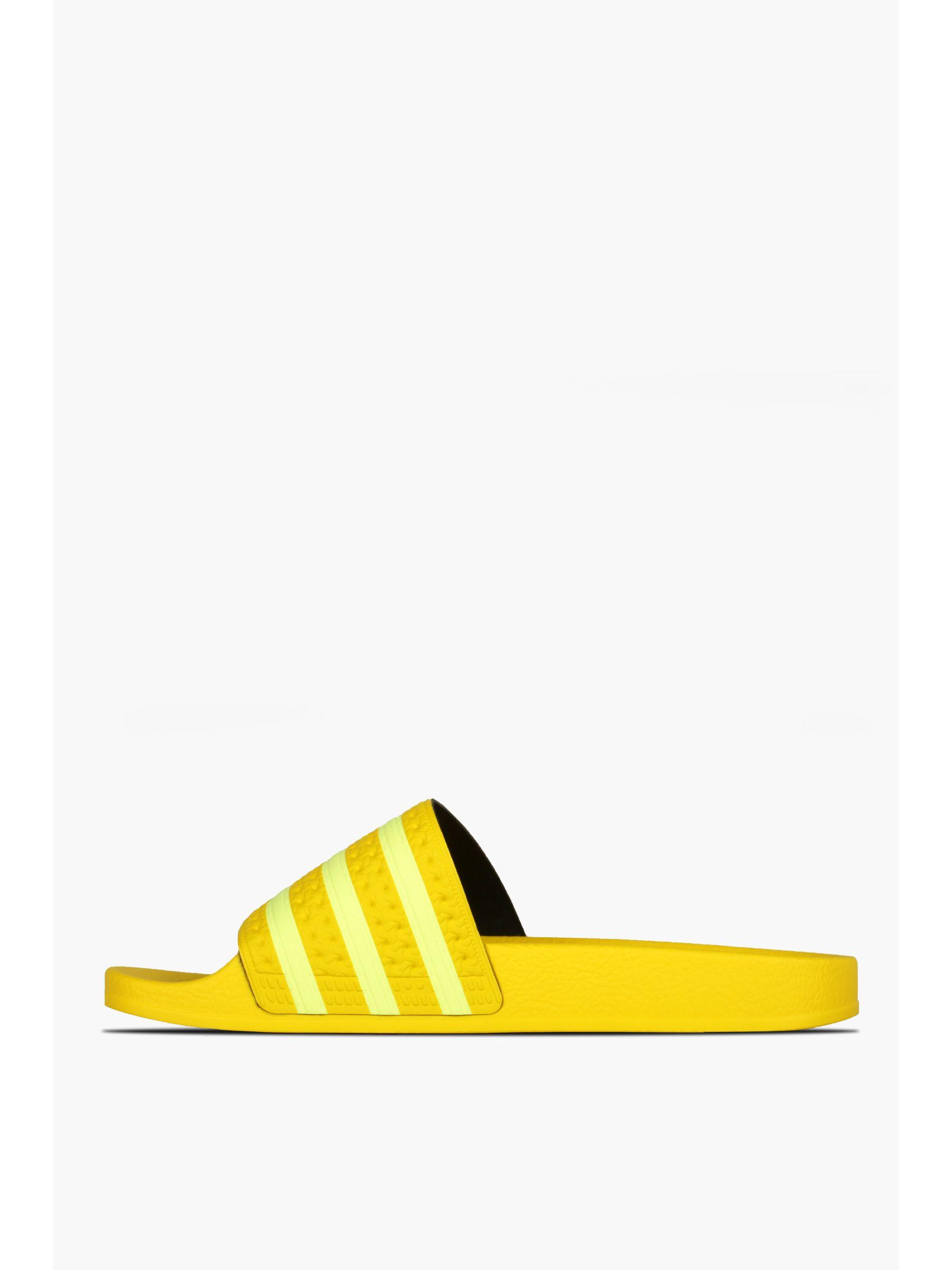 111089622_adidas_adilette_yellow_b.jpg