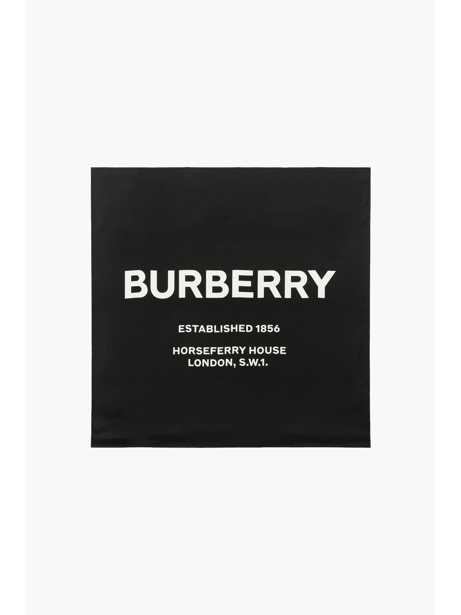 111092127_burberry_ss_hrsfry_invrse_se_black_a.jpg